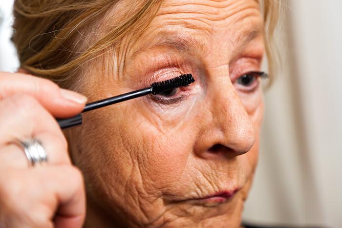 malvoyants-des-conseils-pour-reussir-son-maquillage