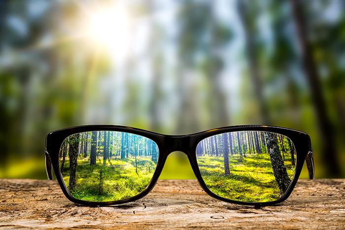 Déficience-visuelle-liée-à-l'âge,-quelles-actions-possibles
